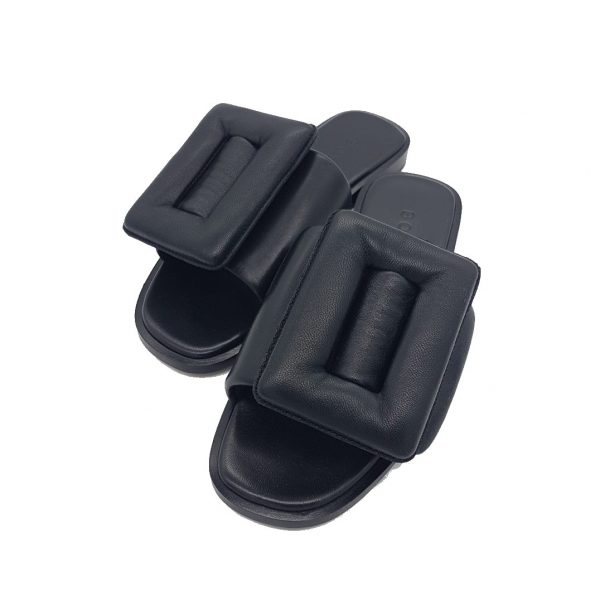 PUFFY SANDAL BOYY BLACK